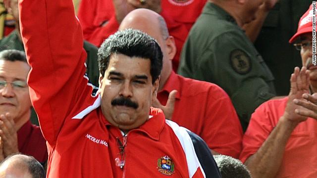 """Maduro dice que Santos se deja llevar por su """"simpatía por los fascistas"""""""