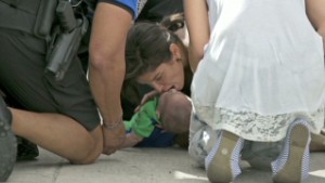 Drivers save baby on roadside