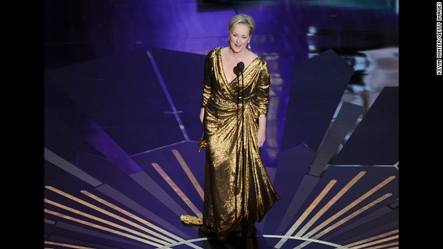 Meryl Streep's awesomeness can't be tarnished by one bad dress, but the gold wrap she wore to the 2012 Oscars -- you remember, the one that looked strangely like spray-painted aluminum foil -- tried mightily to sully the Oscar winner's rep.