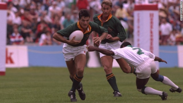 Van der Westhuizen in action at the famous Hong Kong rugby sevens event in 1993.