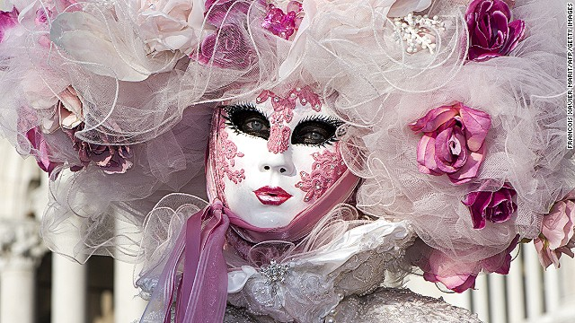 A highlight of the carnival is <i>la maschera piu bella</i>, a contest for the best masked costume. Contestants compete in daily heats in Piazza San Marco. Finalists stomped it out in front of an international jury during the grand final on March 2.