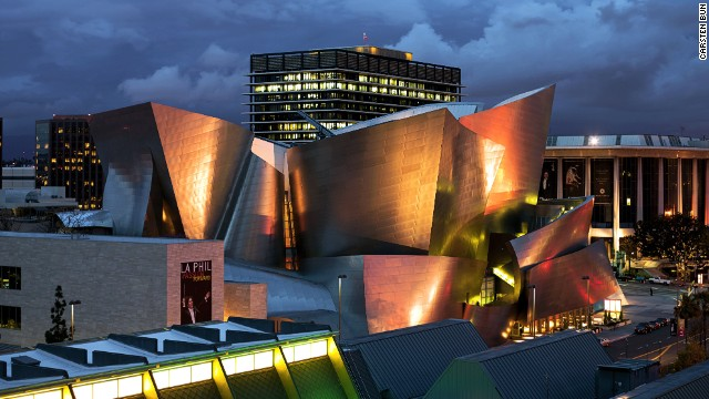 The Walt Disney Concert Hall is the home of the Los Angeles Philharmonic and Los Angeles Master Chorale. In 2005, the building's stainless steel façade was sandblasted to lessen its reflective impact, which had proved to be a distraction to drivers and local residents. <strong>Architect: </strong>Gehry Partners, LLP.
