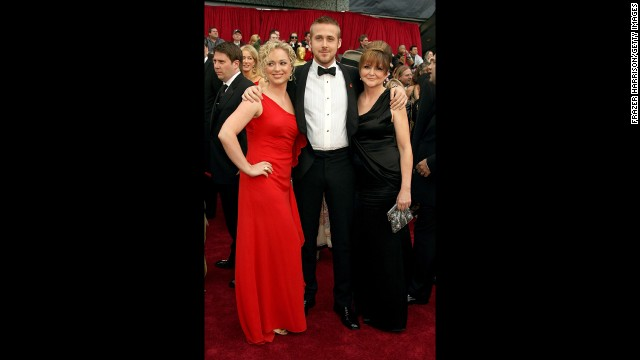 Ryan Gosling, with sister Mandi, left, and mother Donna, attends the 79th Annual Academy Awards on February 25, 2007, in Hollywood, California.