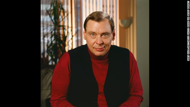 Alan Rachins observes that many people asked if Larry Drake, who played the developmentally disabled messenger Benny Stulwicz, was actually developmentally disabled himself. He's not, but was so convincing he won two Emmys for his performance.