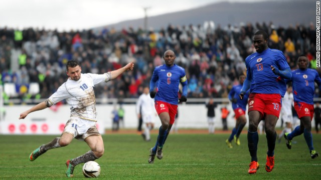 Kosovo dominated the game but failed to find a way through a determined Haiti defense. In the end, it was forced to settle for a draw after a hard-fought 90 minutes on a difficult playing surface.