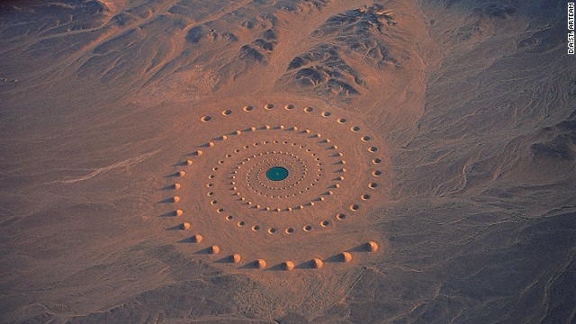 In 1997, D.A.ST. Arteam created Desert Breath, a one-million-square-foot art installation in the expanse of desert near the Red Sea in Egypt. Though since weathered, the artwork still remains today.