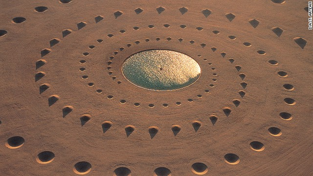 When completed in 1997, Desert Breath had a body of water as its center point. Today, the water has completely evaporated.