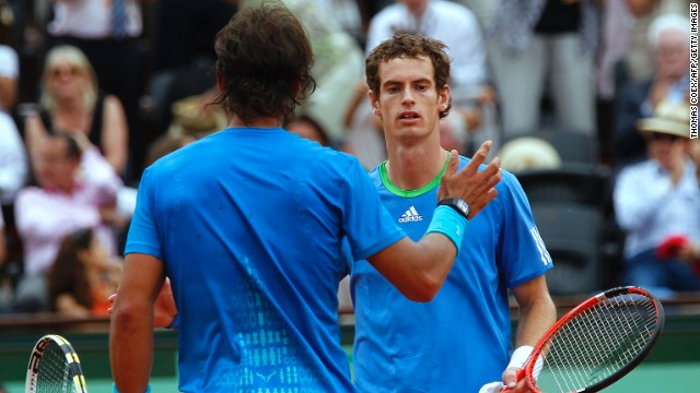 Of course in the overwhelming majority of cases players do shake hands at the net -- and without any problems.
