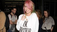 Kesha exits treatment, 'happy to be back'