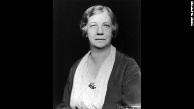 Historian Mary Ritter Beard helped organize the World Center for Women's Archives and was<a href='http://asteria.fivecolleges.edu/findaids/sophiasmith/mnsss135_bioghist.html' target='_blank'> integral in documenting women's history and stories</a>.