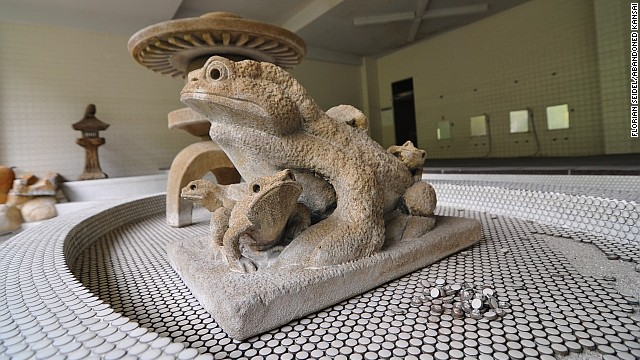 The Shimizu Onsen Center was a public bath in the mountains of Japan's Shikoku island. In Japanese culture, frogs symbolize good fortune.