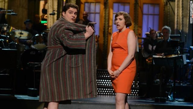 Lena Dunham does Lena Dunham on 'SNL'