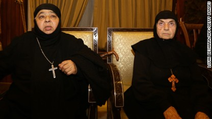 13 nuns freed by kidnappers in Syria
