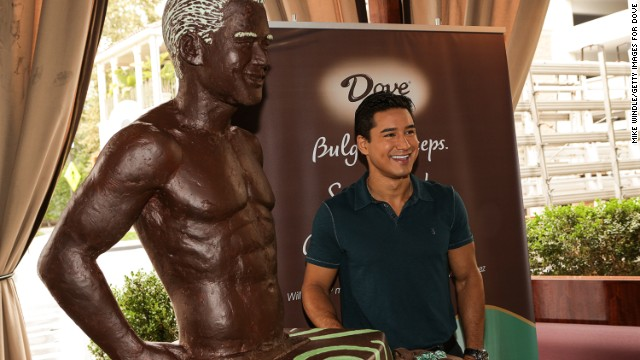 With only photographs to work with, the pastry chef at The Towers Waldorf Astoria spent months putting together near life-size chocolate statue replicas of an Australian couple. When celebrity TV host and actor, Mario Lopez, was immortalized in a mint and dark chocolate statue (pictured), it was only from the waist up.