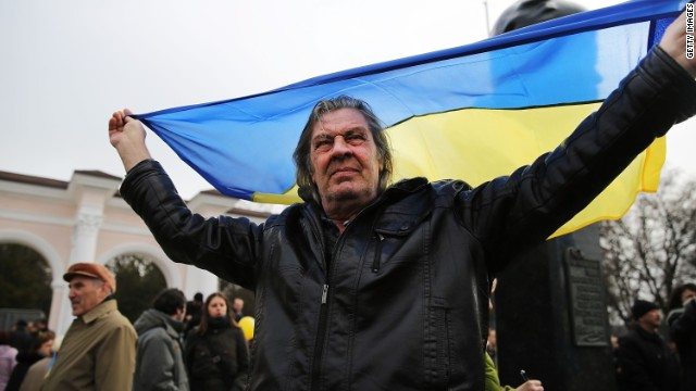 To hold Ukraine together, it needs to pull together