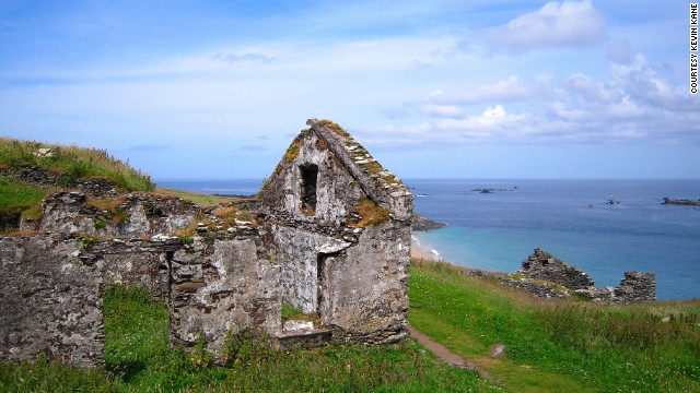 <strong>County Kerry:</strong> Ruins on Great Blasket Island