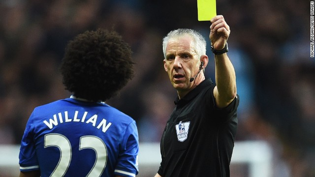 The match turned when referee Chris Foy showed a second yellow card to Chelsea midfielder Willian, who appeared to tug at the shirt of Fabian De