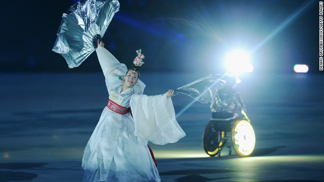 South Korean dancers perform during the Closing Ceremony.