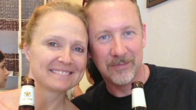 Conmovedores mensajes de novia que espera el regreso de un pasajero del vuelo 370