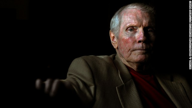 Westboro Church founder Fred Phelps dies