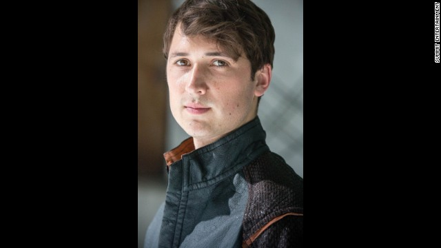 There's also Will (Ben Lloyd-Hughes), who comes from the Erudite faction but is a little too gregarious for that high-minded lifestyle.