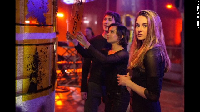 Third \'Divergent\' film to be split in two