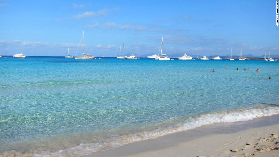 6. Playa de Ses Illetes, Formentera, España