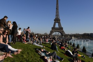 2. París