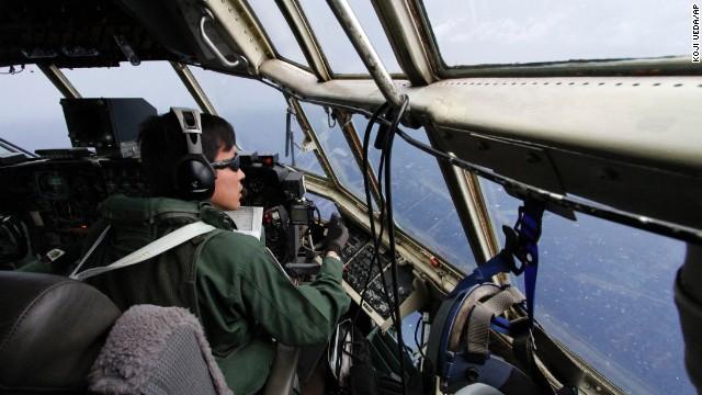 Del avión zombie al ataque terrorista: 5 teorías de lo que le pasó al N370