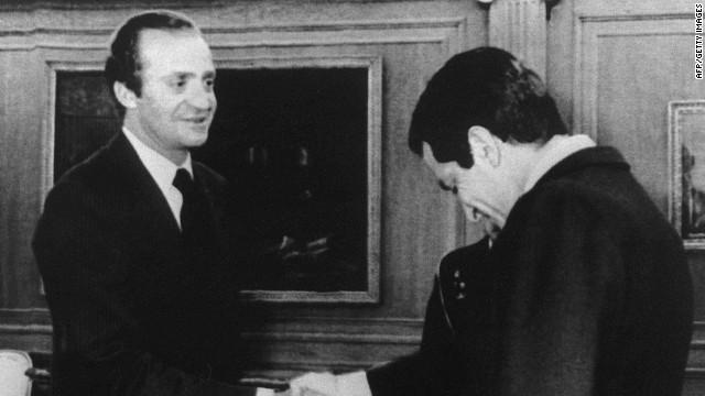 """Rey Juan Carlos de España: """"Suárez puso por delante el interés de la nación"""""""