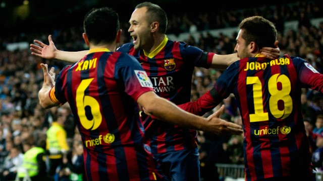 Barca enjoyed a dream start, with Lionel Messi teeing up Andres Iniesta, who fired his shot high into the net past Real goalkeeper Diego Lopez with just seven minutes on the clock.