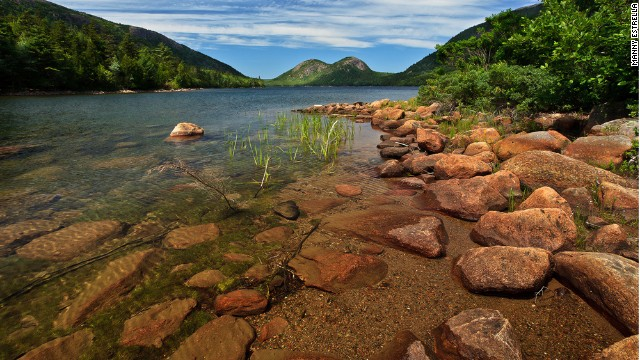 The Acadia All American Road is a coastal drive that skirts the woodlands of <a href='http://www.nps.gov/acad/' target='_blank'>Acadia National Park</a> in Maine.