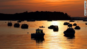 Poole, on the southern coast of England, is close to beaches said to be among the country\'s cleanest and dirtiest.