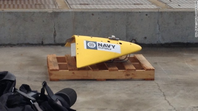 The Ocean Shield is also bringing this towed pinger locator, a giant underwater microphone that will listen for the pings from the flight recorders.