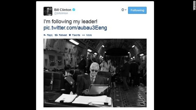 Bill Clinton parodies wife's epic photo