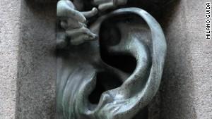 Milan\'s Quardrilatero del Silenzio features architectural oddities.