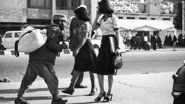 Knee-length skirts, high heels and walking freely down the street: it's hard to believe that this was Kabul in June 1978. Browse through this gallery and see how dramatically women's dress in Afghanistan has changed over the years.