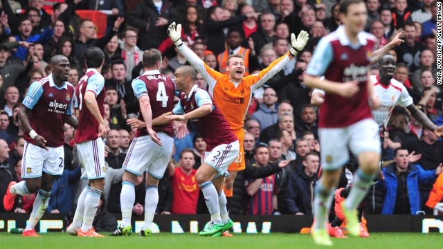 West Ham's earlier equalizer was also disputed, with replays showing that Liverpool goalkeeper Simon Mignolet (in orange) was fouled by former Reds striker Andy Carroll.