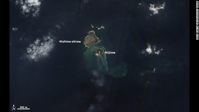 The Advanced Land Imager on NASA's Earth Observing-1 satellite captured this natural-color image of the two islands on December 8.