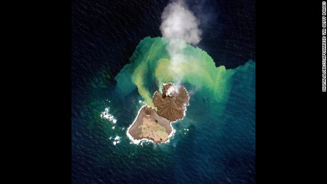 This satellite image of volcanic activity, collected on December 31, shows Niijima merging with Nishinoshima.