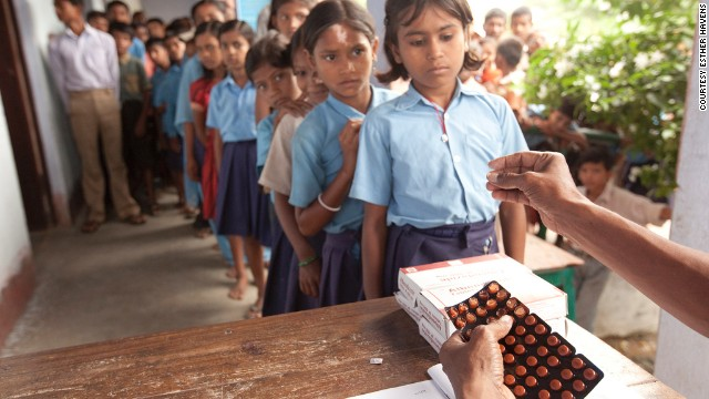 Children receive the deworming medicine Albendazole in Bihar, India. More than 500 million children worldwide are infected with NTDs, including intestinal worms like hookworm, whipworm and roundworm.