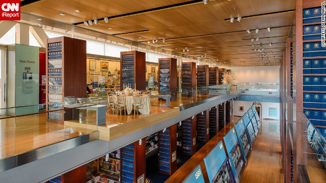 <a href='http://clintonlibrary.gov' target='_blank'>The William J. Clinton Presidential Library & Museum</a> is part of the <a href='http://clintonlibrary.gov/247.html' target='_blank'>Clinton Presidential Center and Park </a>in Little Rock, Arkansas. Replicas of the Oval Office and Cabinet Room are on display in the museum, and documents from the Clinton administration are accessible to the public through the library.