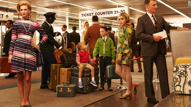 The Francis family shows off some fancy traveling duds in this promotional photo for the seventh season. Notice that the boys are wearing sneakers, but they're also wearing a vest and tie, she said. Sally's style is fashion forward but still formal, and appropriate for airplane travel at the time.