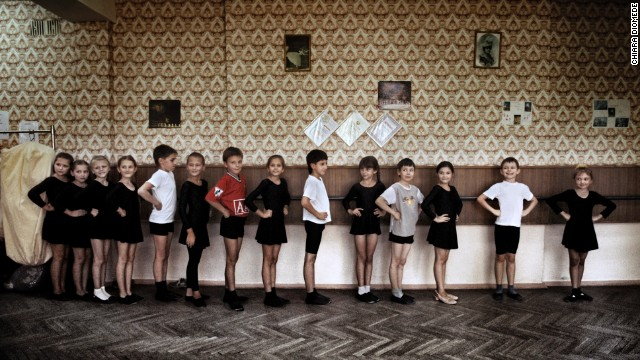Children form a line as they attend a classical dance lesson in Tiraspol in 2009.