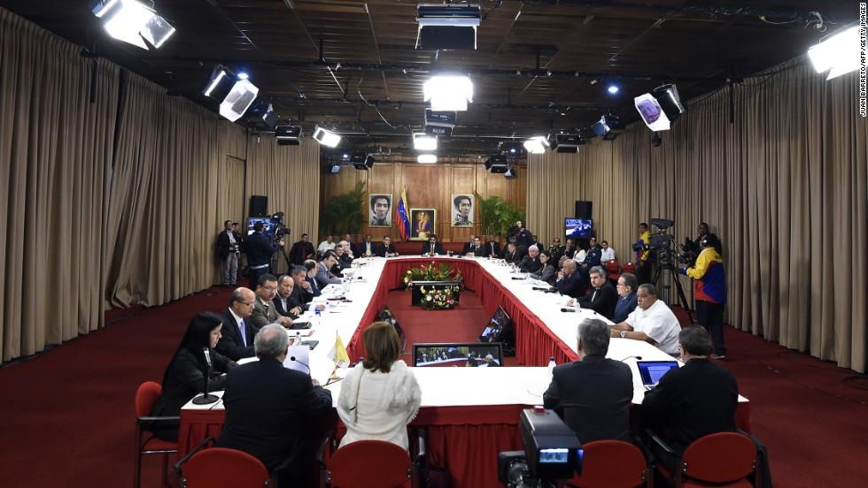Reunión entre el gobierno y la oposición de Venezuela