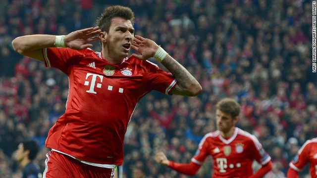 Mario Mandzukic scored as Bayern Munich came from 1-0 down against Manchester United on Wednesday to seal a 4-2 aggregate triumph. The German Bundesliga winners, led by coach Josep Guardiola, are looking to become the first team to successfully defend the European Champions League.