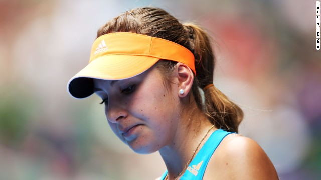 At the Australian Open, Bencic made her first adult grand slam appearance, beating veteran Kimiko Date-Krumm before falling to eventual winner Li Na in round two.