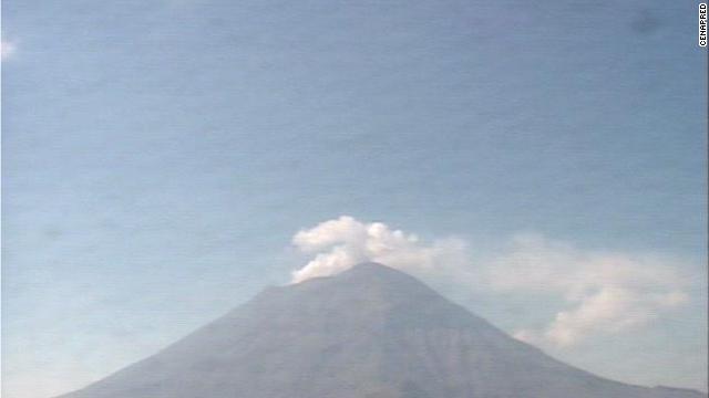 El volcán Popocatépetl, en México, registra 166 exhalaciones en las últimas 24 horas