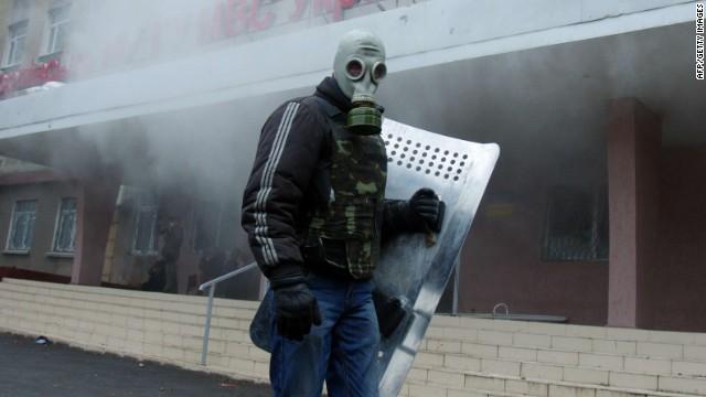 """El gobierno de Ucrania activa una """"operación antiterrorista"""" en Donetsk"""