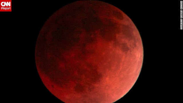 """It was about an eighth lit up, then about 15 minutes later it started to turn this beautiful red, almost as if Mars or Mercury were very close, close enough for the naked eye"" to see, said <a href='http://ireport.cnn.com/docs/DOC-1120773'>Robert Aycock</a> of the eclipse over Temecula, California."
